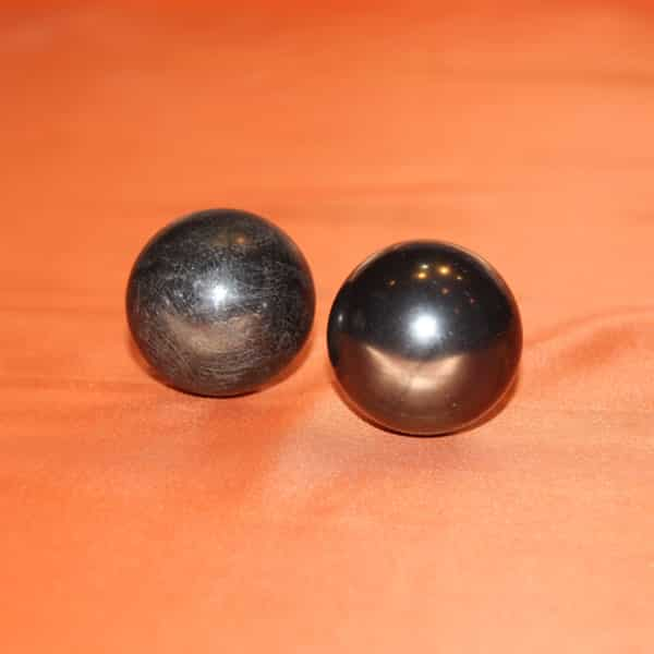 Deux boules harmonisantes | Arkanova