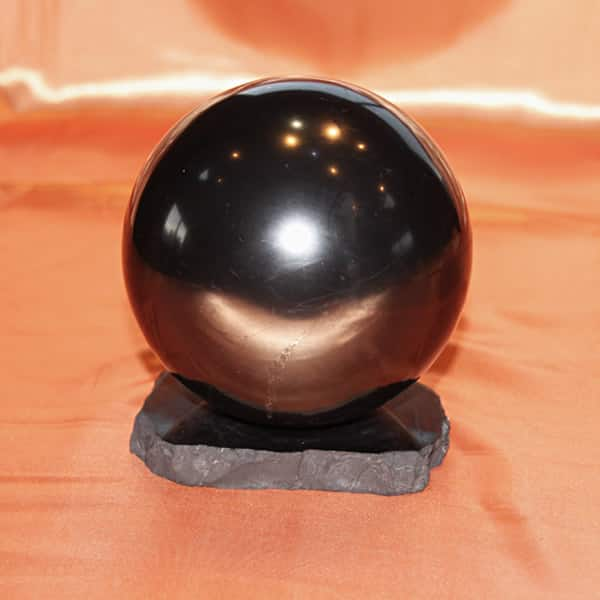 Shungite sphère polie de 12 cm | Arkanova
